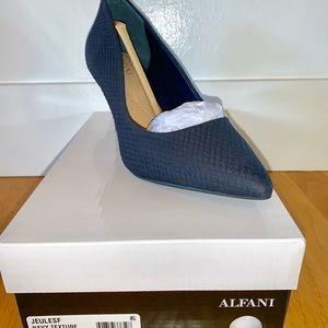 Alfani Jeulesf in Navy Texture